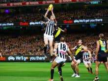 Who The HELL Is This 7-Foot Tall Texan Who Is DOMINATING The Australian Football League?