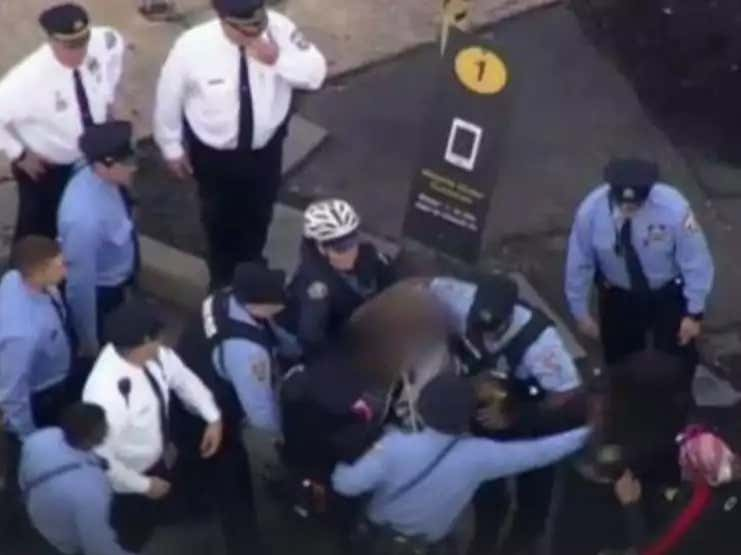 Up To 200 Students Were Involved In A North Philly Fight Outside A McDonalds...200!!!!!